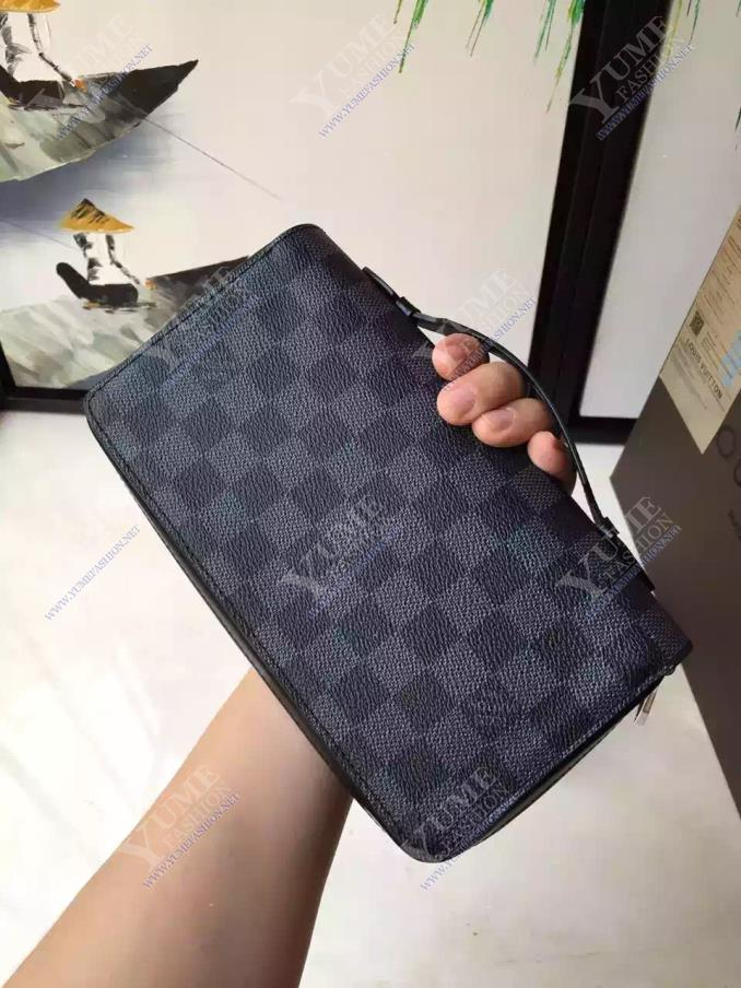 BÓP NAM LV ZIPPY XL WALLET BNM1914D | 3.200.000 ₫